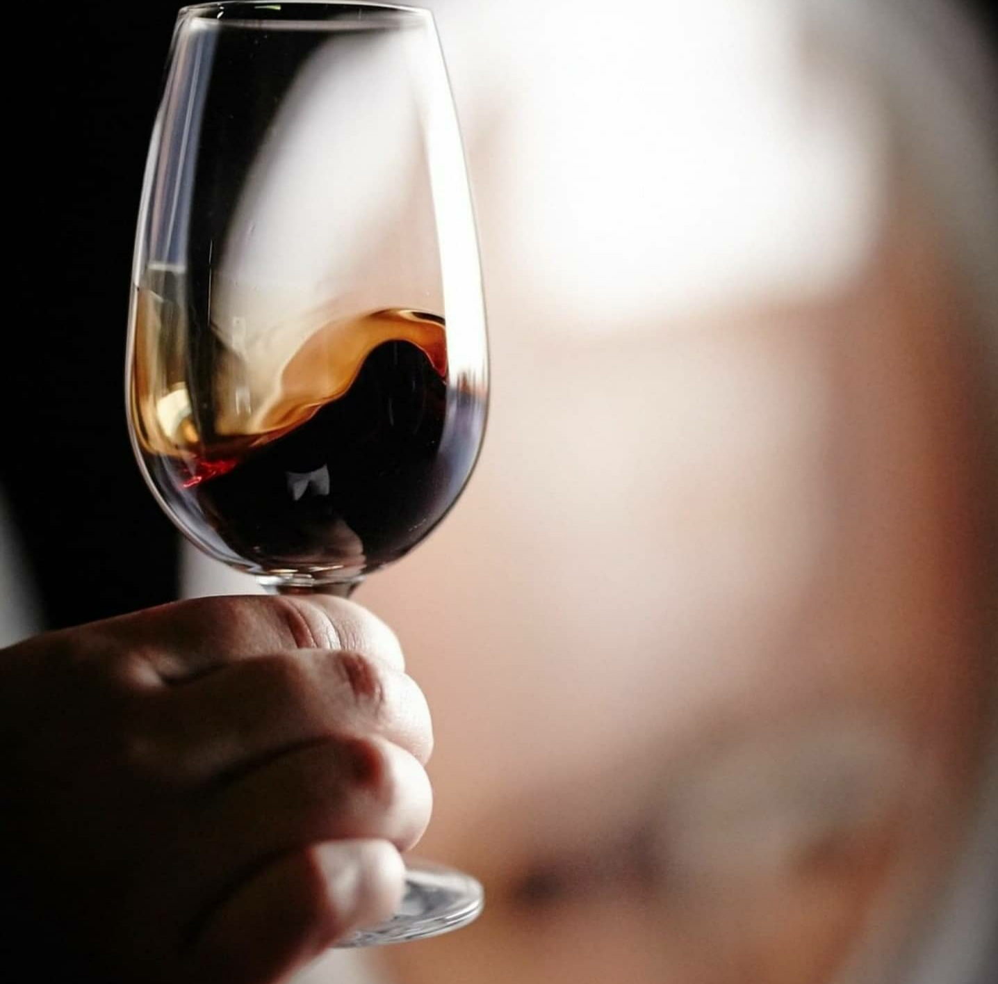 MUST Wine – Christmas Port & Dessert Wine Online Tasting